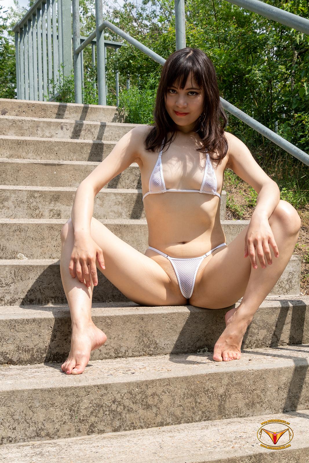 Microbikinis Bikinigirl, Micro Bikini Model Yuli Hung Bikinigirl from Vietnam