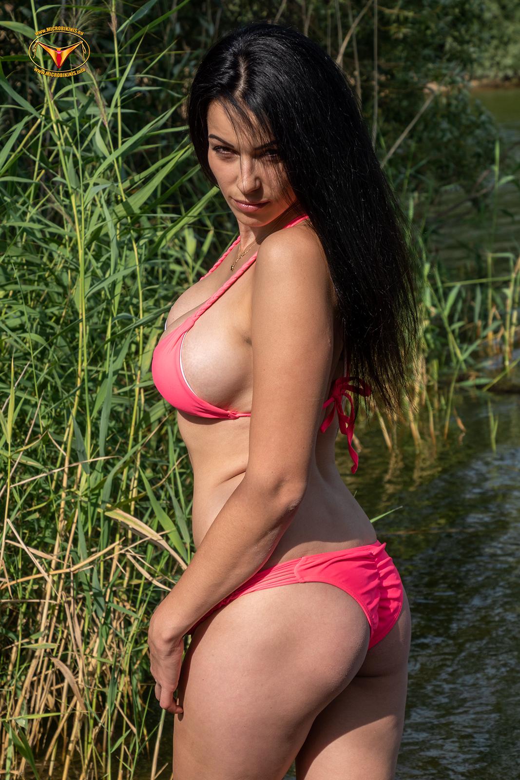 Microbikinis Bikinigirl, Micro Bikini Model Irca bikini girl from Berlin